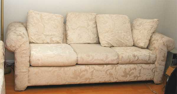 Many American Style Couches Use A Variant Of This Type Of Sofa. The Lawson Style  Sofa Was Created For The Boston Home Of Banker Thomas Lawson.